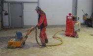 Устройство кварценаполненного эпоксидного  покрытия склада